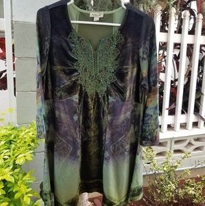 one world - live and let live Blouse/Top